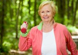 Прогулки на свежем воздухе защитят от склероза