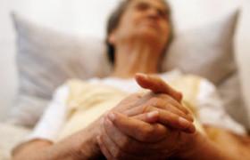 Альцгеймер — удел пожилых женщин