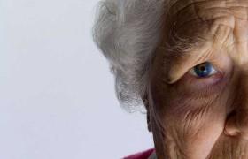 Деменция начинается в среднем возрасте: медики предупреждают