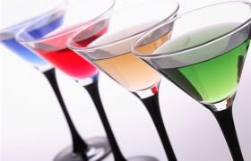 Слишком раннее знакомство с алкоголем может запустить изменение структуры мозга