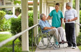 Специальный прибор позволит парализованным пациентам общаться с близкими