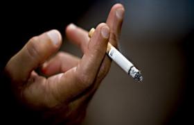 Ученые выяснили, что курение по-разному влияет на мозг мужчин и женщин
