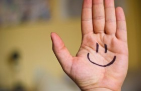 Хорошее настроение связано с ухудшением памяти