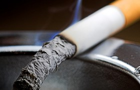 Врачи: у курильщиков со стажем истончается кора головного мозга