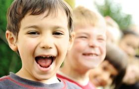 Первые симптомы аутизма можно заметить с 9 месяцев