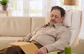 Проблемы со сном связали с болезнью Альцгеймера