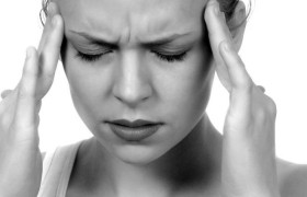 Таблетки: отнюдь не первая помощь при мигрени
