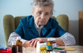 Ученые: первые симптомы болезни Альцгеймера появляются за 20 лет до начала заболевания