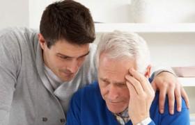 Болезнь Альцгеймера: сон на боку снижает риски