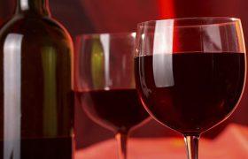 Красное вино предупредит инсульт