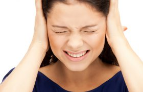 Исследование: шум в ушах изменяет работу мозга