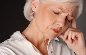 Мигрень у пожилых людей может быть следствием тихого инсульта