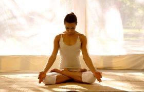 Йога мгновенно улучшает умственные способности