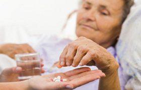 У пациентов с болезнь Альцгеймера прием бензодиазепинов и бензодиазепиноподобных препаратов является фактором риска развития ишемического инсульта