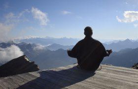 Медитация может снизить риск инфарктов и инсультов