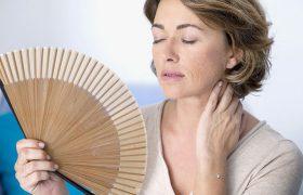 Поздняя менопауза влияет на вероятность инсультов