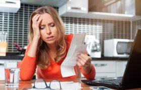 Проблемы с деньгами делают людей восприимчивыми к мигрени при наличии определенного гена