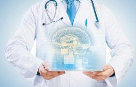 Опытный невролог определяет патологию нервной системы уже в первые минуты осмотра пациента