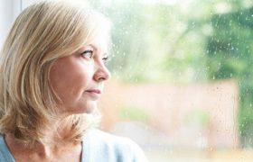 Менопауза вызывает изменения в мозге, увеличивая риск развития болезни Альцгеймера