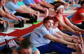 Медики рассказали, как пенсионеры могут избежать старческого слабоумия
