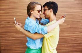 Зависимость от смартфона влияет на химические процессы в мозге