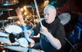 Игра на барабанах поможет восстановиться после инсульта