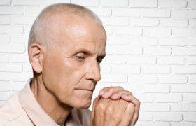 Многословная речь может быть признаком болезни Альцгеймера