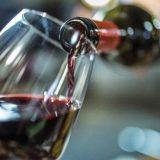 Полбокала вина в день уже доведут до старческого слабоумия