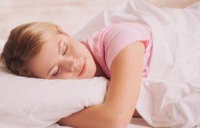 Ученые выяснили, чем занят мозг во время сна