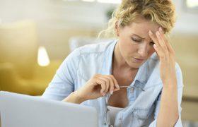 Плесень в квартире может вызывать головную боль