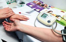 Грозит ли вам инсульт? Мужчины-зауральцы проверят свое здоровье в торговом центре