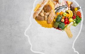 Специалисты определили причины пищевой зависимости и назвали способы ее лечения