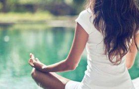 Медитация по часу в день сохранит интеллект до старости