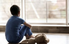 Странные гены вызывают аутизм, но защищают от старческого слабоумия