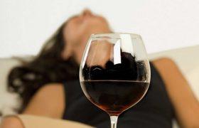 Даже один алкогольный напиток негативно влияет на мозг