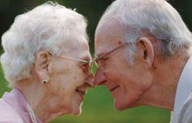 Медики раскрыли, кому больше грозит болезнь Альцгеймера