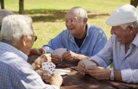 Позитивное отношение к старости защитит от маразма
