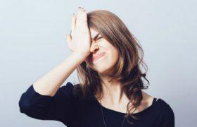 Не замечающим собственные провалы в памяти людям грозит старческое слабоумие