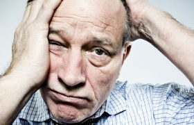 Ученые не могут найти лекарство от болезни Альцгеймера