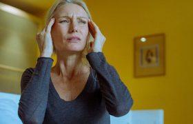 Для борьбы с мигренью нужно пить именно этот витамин