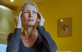 Витамин D помогает бороться с приступами мигрени