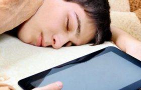 Плохой сон у подростков связан со смертельным заболеванием мозга