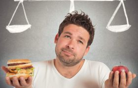 Названа популярная диета, которая может спровоцировать инсульт