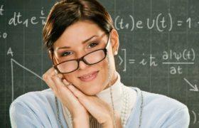 Учителя и врачи реже сталкиваются со старческим слабоумием