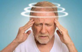 Медики рассказали, как начинается болезнь Альцгеймера
