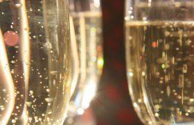 Шампанское помогает сохранить хорошую память и здоровое сердце