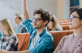 Высшее образование не защитит от старческого маразма