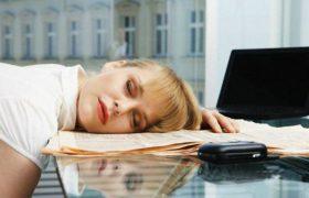 Недостаток сна связан с болезнью Альцгеймера