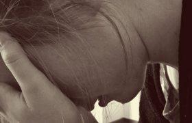 Неожиданные причины головной боли назвали врачи