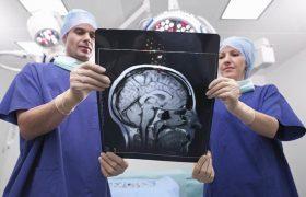 Врачи назвали первые признаки рассеянного склероза